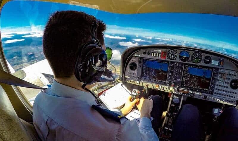 C:UsersJUNIORDownloadsz redaccionesser piloto de avión.jpg