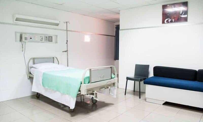 Qué es un celador? Una profesión en beneficio del paciente