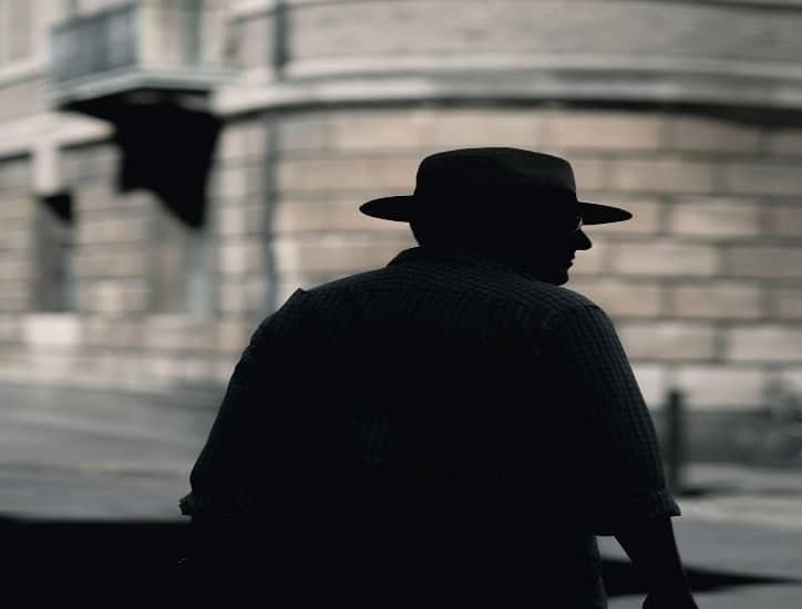Segunda parte de los requisitos para ejercer de detective privado | Monopol